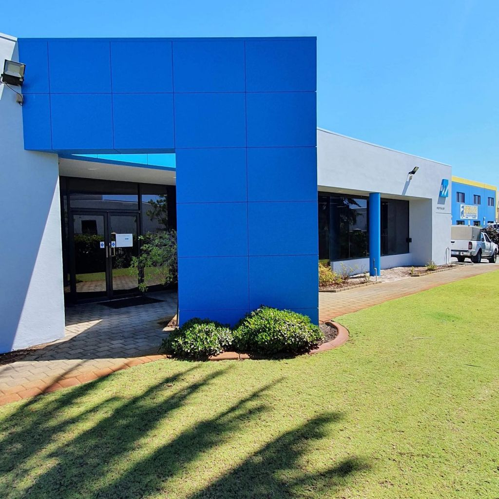 Commercial painters help your business image in Perth